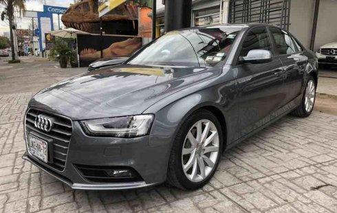 Vendo un carro Audi A4 2013 excelente, llámama para verlo