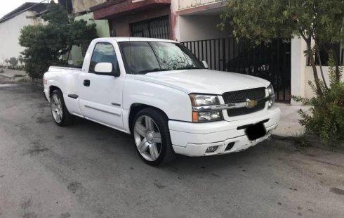 Quiero vender inmediatamente mi auto Chevrolet 400SS 2003