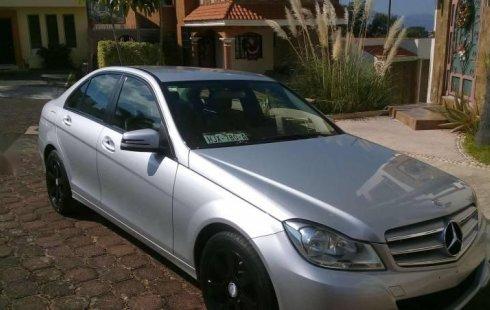 Mercedes-Benz Clase C impecable en Morelia