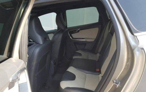 Urge!! Vendo excelente Volvo XC60 2016 Automático en en Álvaro Obregón