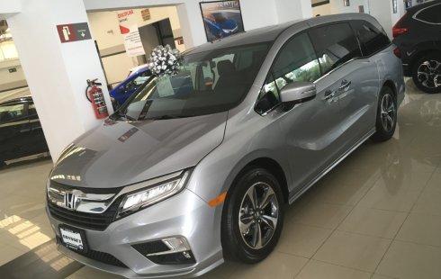 Pongo a la venta cuanto antes posible un Honda Odyssey que tiene todos los documentos necesarios