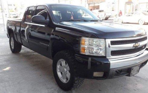 Me veo obligado vender mi carro Chevrolet Cheyenne 2009 por cuestiones económicas