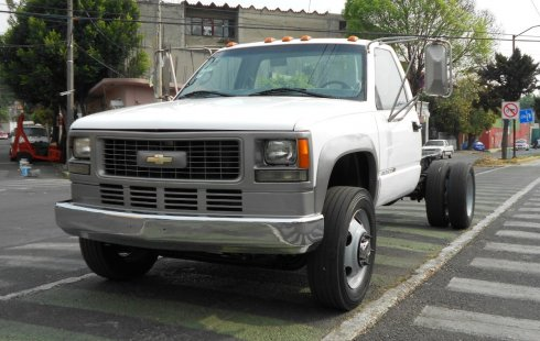 Chevrolet 3500 2006 impecable