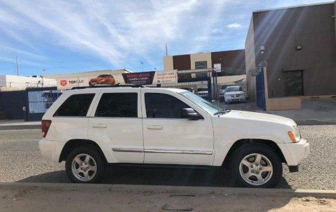 En venta un Jeep Grand Cherokee 2005 Automático muy bien cuidado