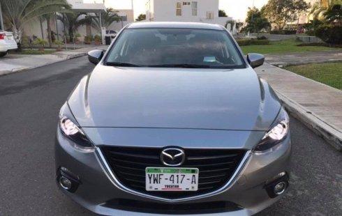 Vendo un carro Mazda 3 2015 excelente, llámama para verlo