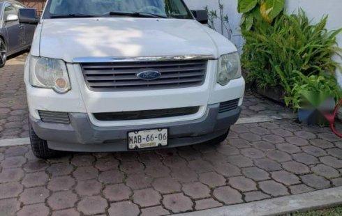 Ford Explorer 2006 barato en Emiliano Zapata