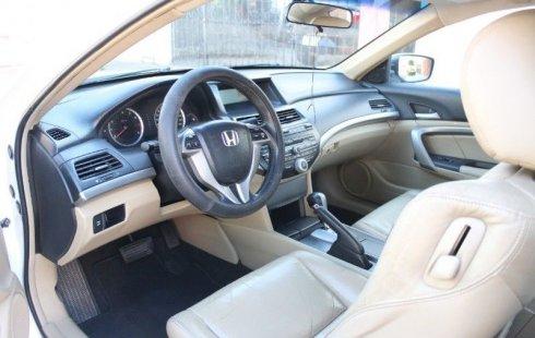 Vendo un Honda Accord por cuestiones económicas