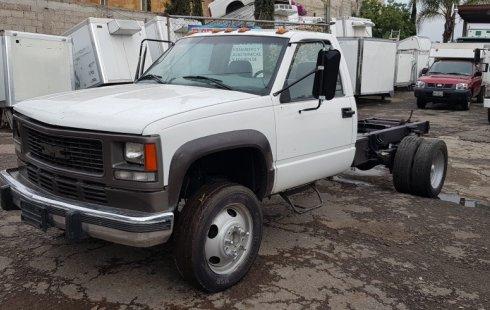 Chevrolet 3500 2005 barato en Tezoyuca