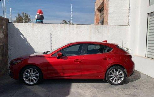 Quiero vender inmediatamente mi auto Mazda 3 2015 muy bien cuidado