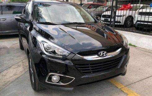 Un carro Hyundai ix35 2015 en Zapopan