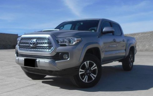 Toyota Tacoma 2016 impecable