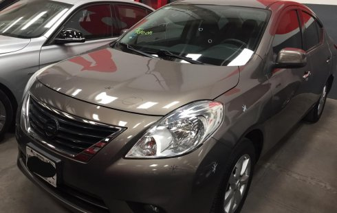 Nissan Versa advance auto 2013