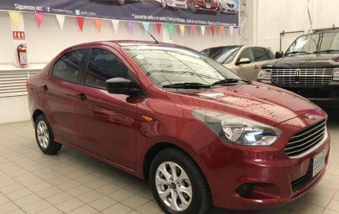 Carro Ford Figo Sedán 2017 de único propietario en buen estado