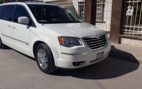 Chrysler Town & Country 2010 en Chihuahua