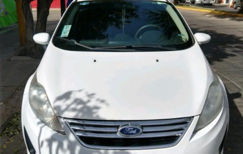 Vendo un carro Ford Fiesta 2011 excelente, llámama para verlo