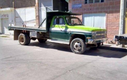 Quiero vender un Chevrolet 3500 en buena condicción