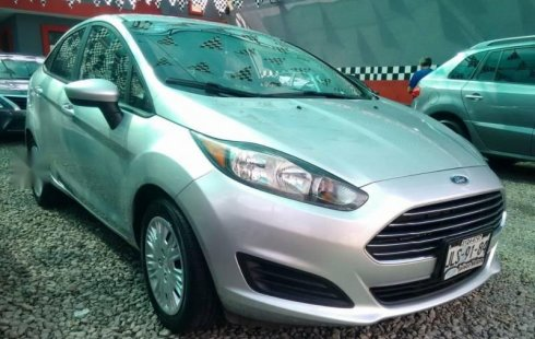 Ford Fiesta 2015 impecable