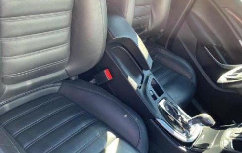 Pongo a la venta cuanto antes posible un Buick Regal en excelente condicción