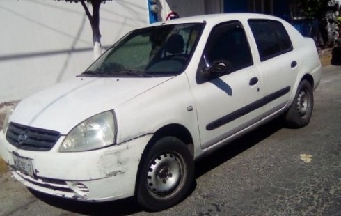 Se vende urgemente Nissan Platina 2006 Manual en La Perla