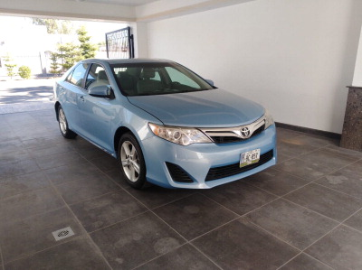 Toyota Camry 2012 impecable