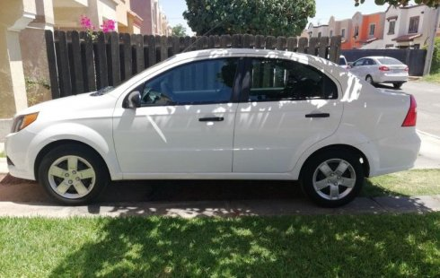 Chevrolet Aveo 2015 barato en Baja California