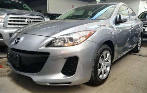 Tengo que vender mi querido Mazda 3 2013 en muy buena condición