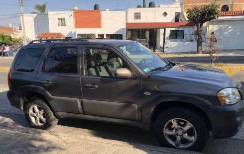 Se vende un Mazda TRIBUTE de segunda mano