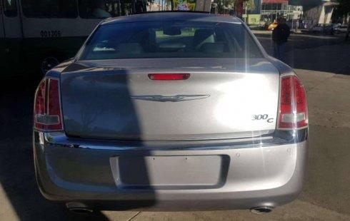 Llámame inmediatamente para poseer excelente un Chrysler 300 2014 Automático