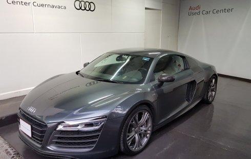 Carro Audi R8 2014 de único propietario en buen estado
