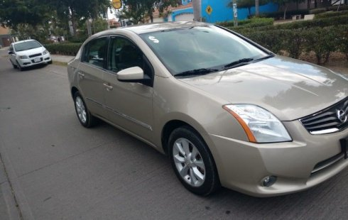 Nissan Sentra 2012 impecable