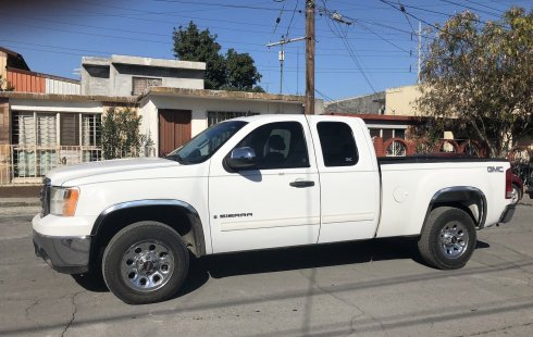 GMC Sierra impecable en Monterrey más barato imposible