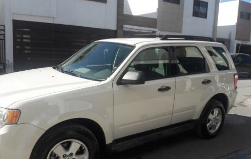 Quiero vender urgentemente mi auto Ford Escape 2009 muy bien estado
