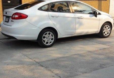 Ford Fiesta impecable en Centro