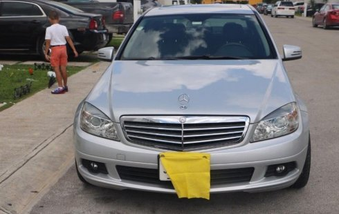 Urge!! Un excelente Mercedes-Benz 300 SEL 2010 Automático vendido a un precio increíblemente barato en Quintana Roo