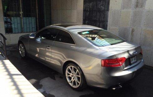 Carro Audi A5 2010 de único propietario en buen estado
