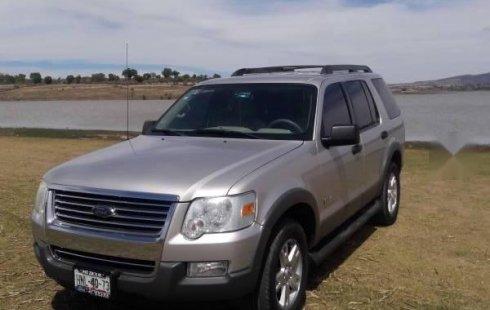 Me veo obligado vender mi carro Ford Explorer 2006 por cuestiones económicas