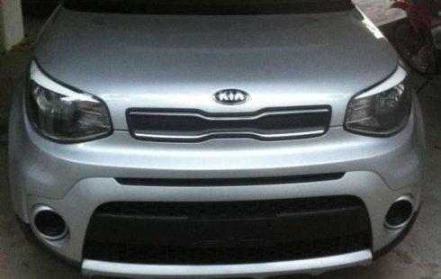 Quiero vender un Kia Soul en buena condicción