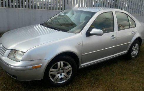 Pongo a la venta cuanto antes posible un Volkswagen Jetta que tiene todos los documentos necesarios