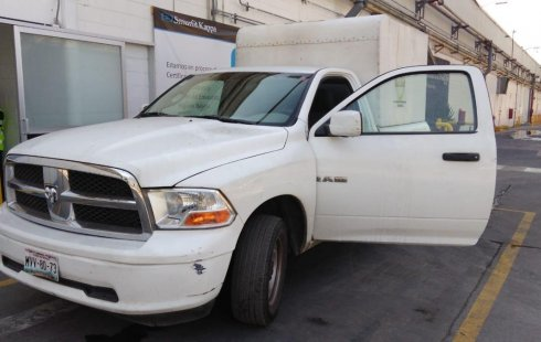 Tengo que vender mi querido Dodge RAM 1500 2012 en muy buena condición