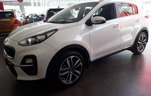 Carro Kia Sportage 2019 de único propietario en buen estado