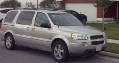 Quiero vender un Chevrolet Uplander usado