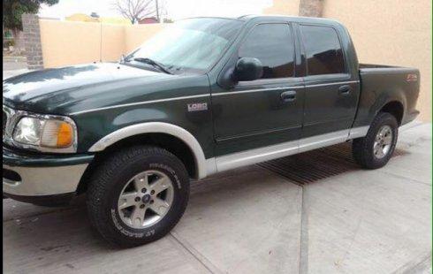 Ford Lobo 2003 Doble Cabina en Jalisco