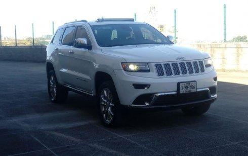 Carro Jeep Grand Cherokee 2014 de único propietario en buen estado