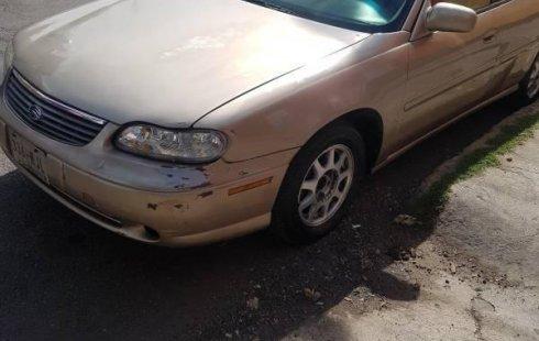 Tengo que vender mi querido Chevrolet Malibu 1999 en muy buena condición