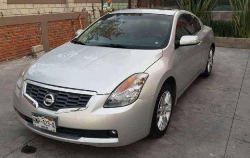 Nissan Altima precio muy asequible