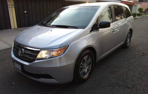 SHOCK!! Un excelente Honda Odyssey 2011, contacta para ser su dueño