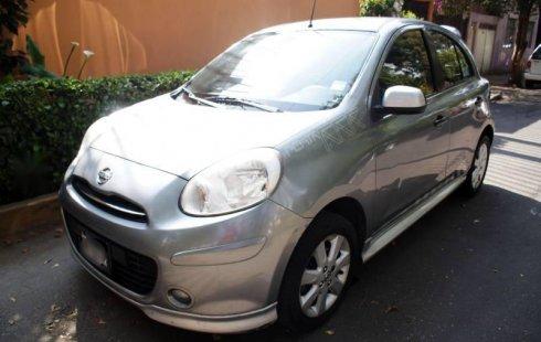 Tengo que vender mi querido Nissan March 2012 en muy buena condición