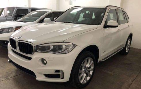 Vendo un carro BMW X5 2017 excelente, llámama para verlo