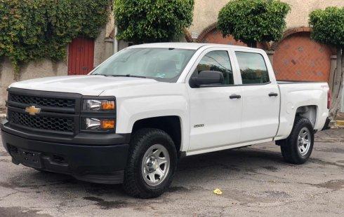 Vendo un Chevrolet Silverado por cuestiones económicas