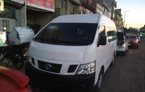 Quiero vender inmediatamente mi auto Nissan Urvan 2015 muy bien cuidado